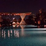 swimming pool @nite