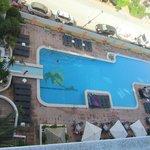 Vista piscina dal balcone