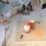 Filet de Cabillaud confit au beurre, Composition de radis roses à la fleur de sel de Camargue