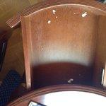 cassetto scrivania in stanza