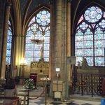 Interior, detalles de los vitraux