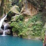 Waterfall into the top pool