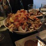 Gli scarti del piatto di frutti di mare: una meraviglia