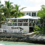 Intermarine crew and guests at the Firefly Sunset Resort enjoying a delicious crab lunch