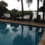 pool area pic 2