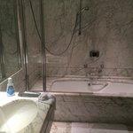 Baño con Marmol Carrara