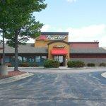 Pizza Hut  |  1740 S Galena Ave, Dixon, IL 61021