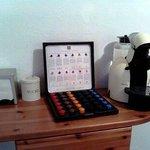 Caffe' e tisane in camera