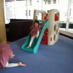 5樓的兒童遊戲完我兩名女兒玩得很開心