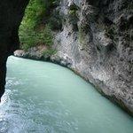 Gran caudal de agua del Aare