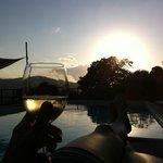 Relax al tramonto in piscina