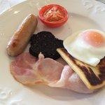 Miserly breakfast at Northwest Castle