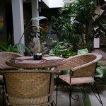 The courtyard breakfast area!