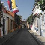 Cochera del Hobo street and hotel façade