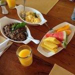 the best breakfast ever...eggs sooooo good