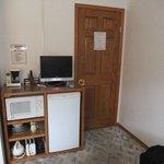 Fridge / Microwave - room B