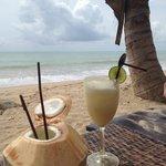 Happy Hour on the beach !