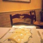 Panzotti di patate zucca e mandorle su fonduta di pecorino fresco dei Sibillini
