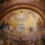 Il magnifico dipinto raffigurante la S. VERGINE