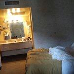 Camera più lavandino