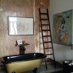 The Ludo bath
