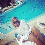 La piscina dell'hotel: tranquillità ed eleganza