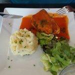 Steack de thon au coulis de poivron rouge du menu du jour à 12€
