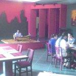 朝食のレストラン、木琴の生演奏付きです