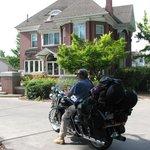 Outside Anniversary Inn