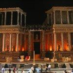 Teatro romano nocturno