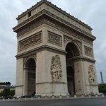 Étoile - Mac Mahon - Paris