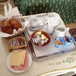 El desayuno en la habitación