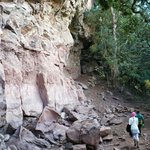 walk up to main cave, bushmen art