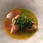 Foie gras poché bouillon chabu-chabu