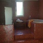 Bathroom in 007