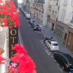 Vista di Rue du Docteur Heulin (molto silenziosa)
