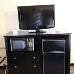 HDTV, fridge and microwave in all rooms