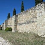 de stadswallen van Fort St. André