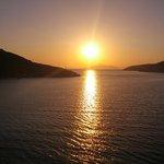 tramonto dal balconcino Rooms Eleni