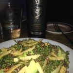 AMAZING Kale and Quinoa with Vinegarette salad