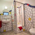 Arthotel bathroom