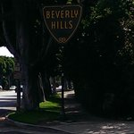 entry of Beverly hills.