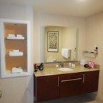 Studio King Bathroom