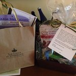 Babymoon gift bag and snacks