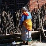 femme népalaise...