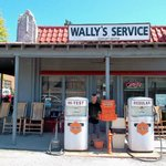 Front side Wally's Service Station