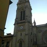 Vista del lado oeste de la Catedral de Santiago de Bilbao.
