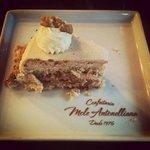 Torta de Nozes - Confeitaria Mole Antonelliana