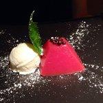 Gelo di Mellone (anguria) con gelato al gelsi
