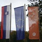 флаг отеля и страны